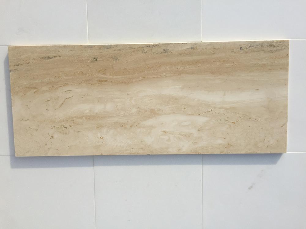 Travertino Navona Fényes vagy matt mészkő 30 x változó hossz x 1,5 cm (soros)  Azonnal Elérhető